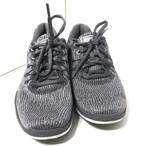 Nike grey and white sneakers breathable, size 6